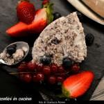 Semifreddo meringato al cioccolato con frutti di bosco