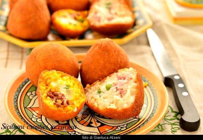 Gli arancini siciliani al burro e al ragù, tutti i segreti per fare in casa l'arancino perfetto