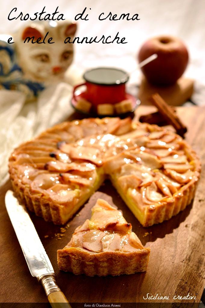 Crostata di mele e crema pasticcera, il dolce perfetto in ogni occasione.