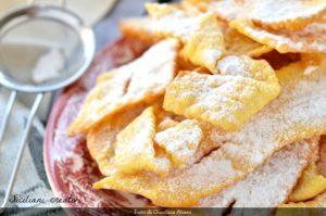 L'Italie et le Carnaval, en parler à struffoli à travers les nombreuses recettes régionales