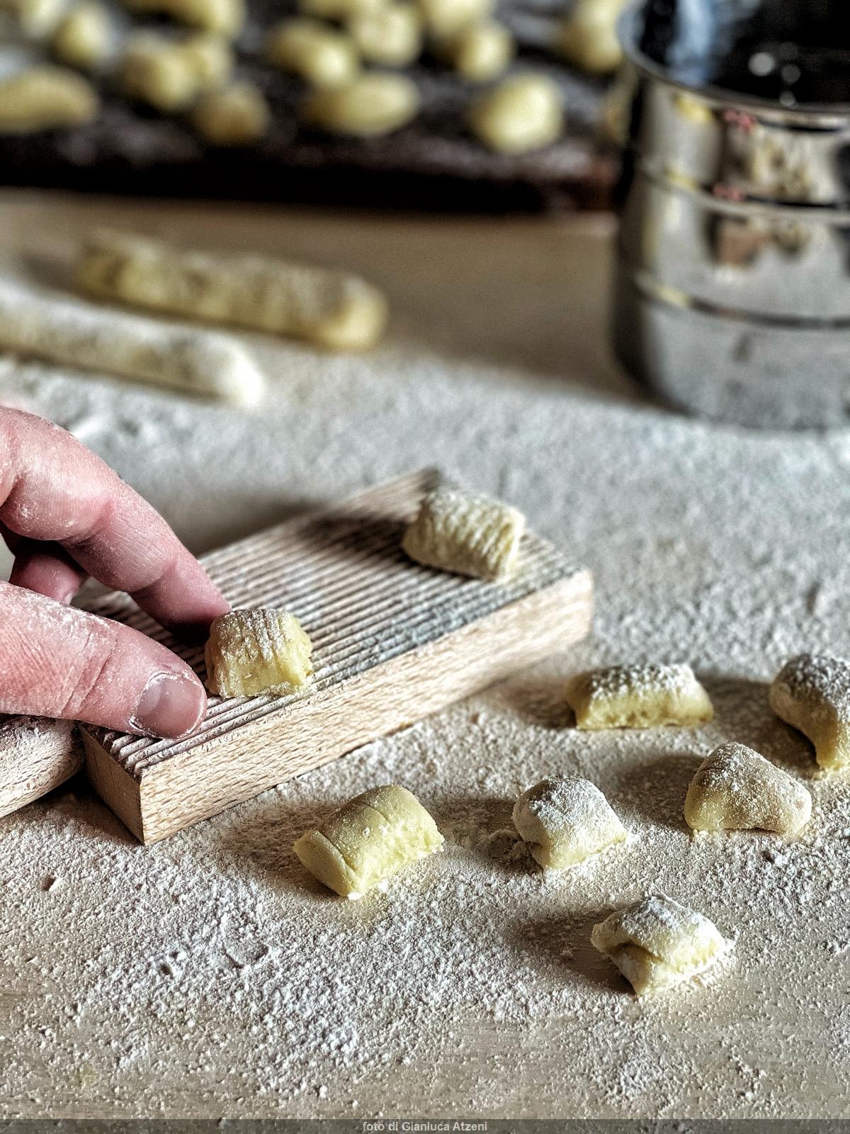 Ricetta Gnocchi Di Patate Viola Senza Uova.Gli Gnocchi Di Patate Siciliani Creativi In Cucina
